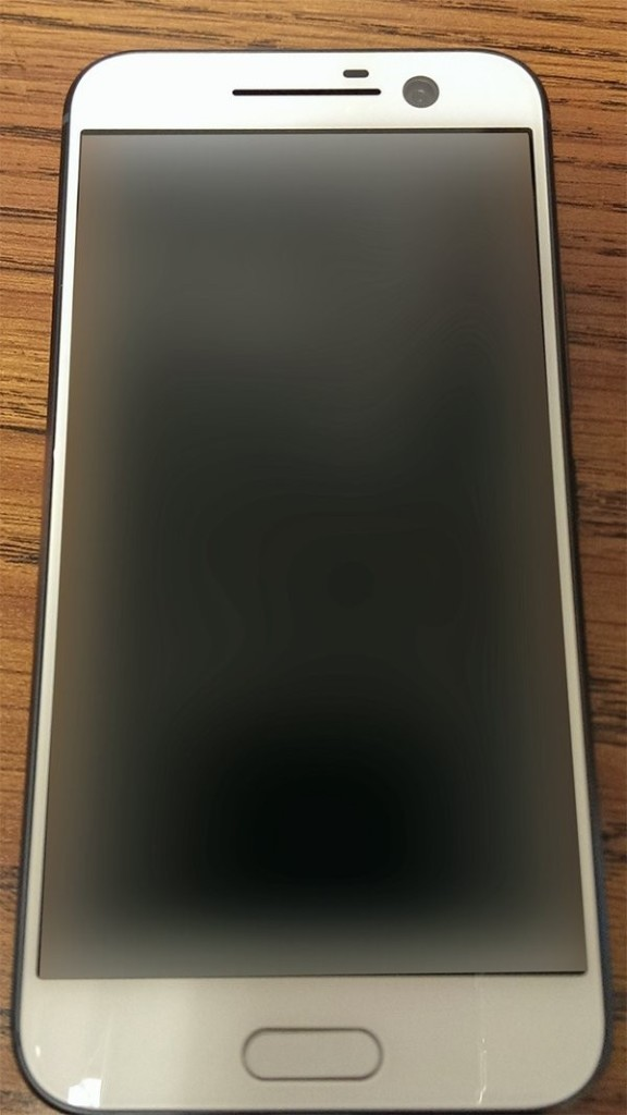 Опубликовано новое фото HTC One M10