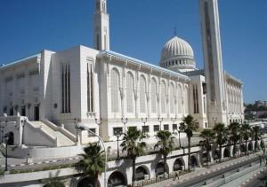 Алжир памятник