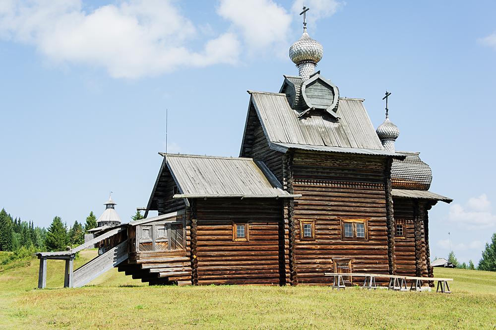 Церковь Преображения в Хохловке