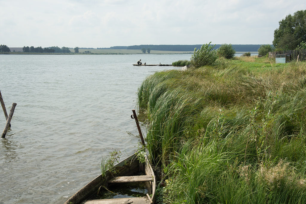 Река Нейва в селе Петрокаменское