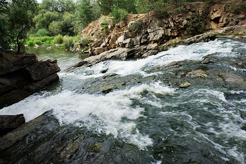 Южаковские водопады
