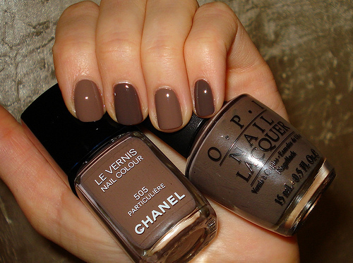 autumn-brown-chanel-nailpolish-Favim.com-1577348