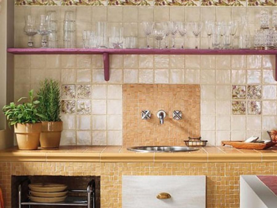 Marca Corona - известная разновидность плитки керамической