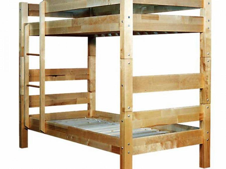 Простая кровать из двух ярусов - минимум необходимого при максимуме комфорта в детской.