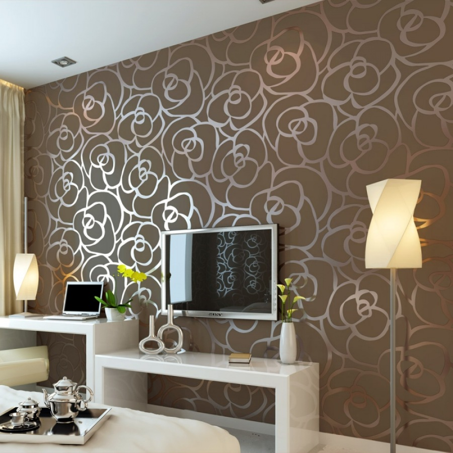 Варианты дизайна стен обоями