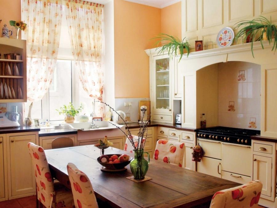 Современный стиль кухонных штор