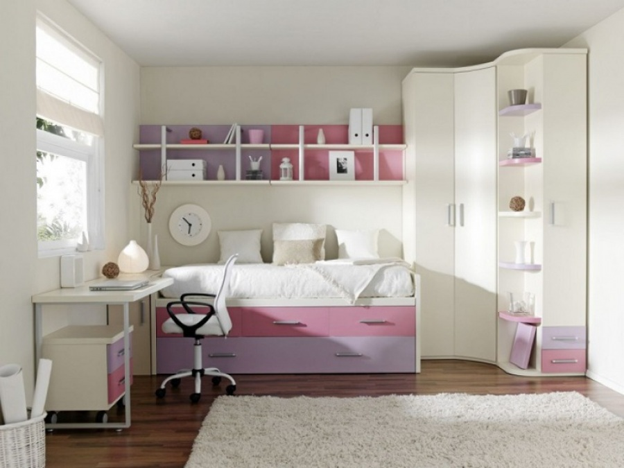 Особенности планировки и рационализации пространства комнаты для девочки подростка
