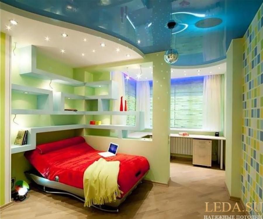 Цветовые решения потолка