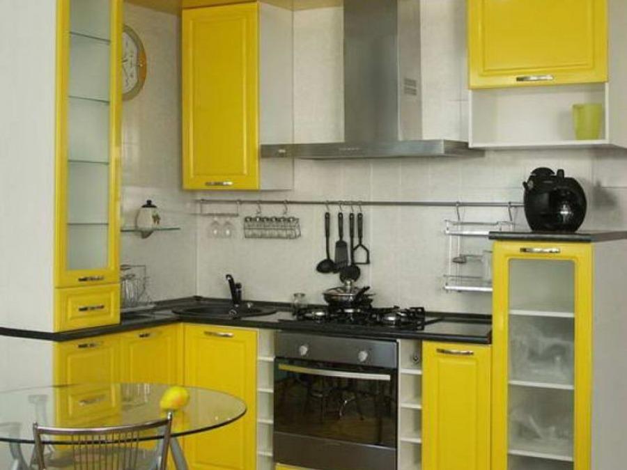 Обстановка в маленькой кухне