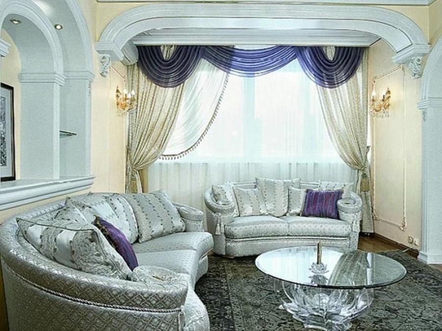 Красивые шторы - украшение для любой комнаты.