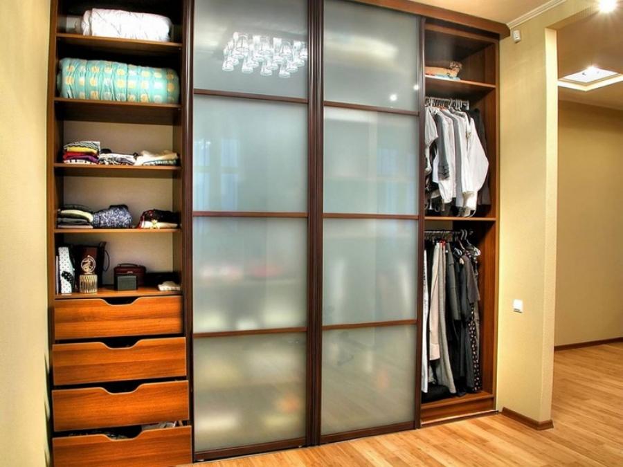 Дизайн шкафа в прихожую