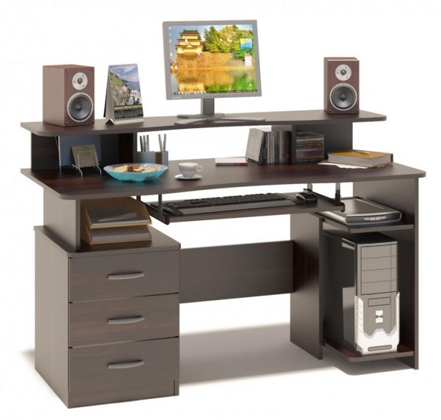 Столы компьютерные могут изготавливаться под заказ или быть стандартных размеров.