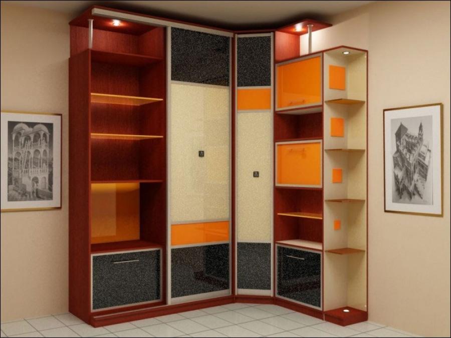 Преимущества угловых шкафов  очевидны - это экономия места.