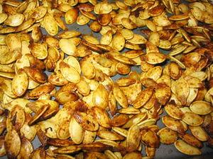 Приготовление тыквенных семечек на сковороде