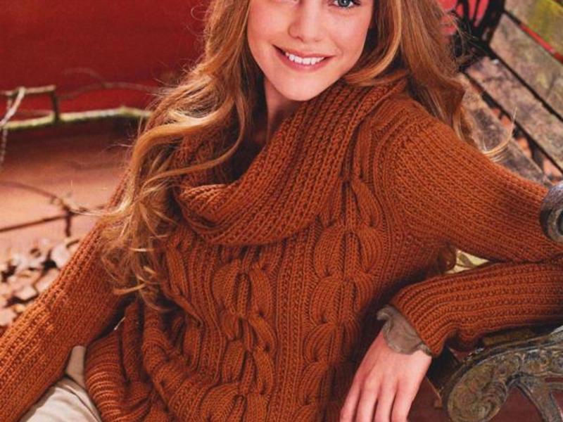 Кирпичный вязанный свитер