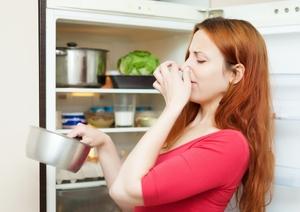 Как следить за порядком в холодильнике