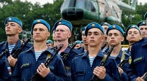 В традиционном варианте армия включает в себя несколько самых главных элементов: военно-воздушные, сухопутные и военно-морские войска