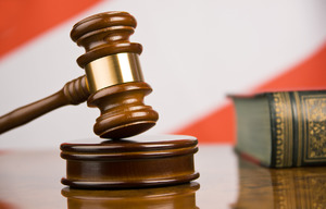 Судебный процесс при неофициальном оформлении