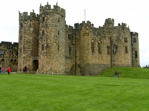 Замок Алник: интересные факты о Гарри Поттере