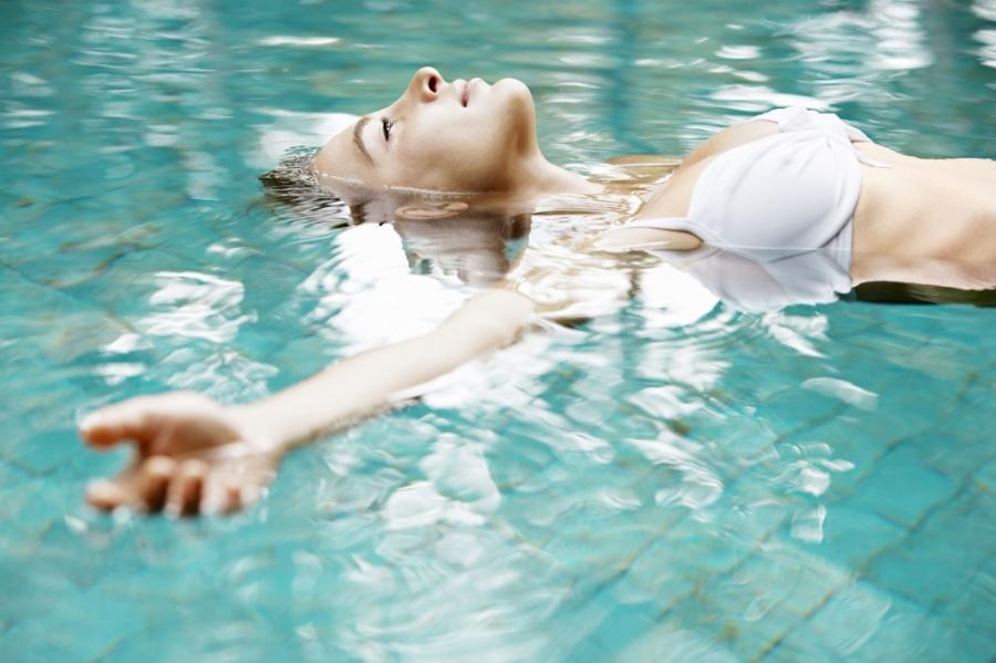 14 причин заняться плаванием - Лайфхакер
