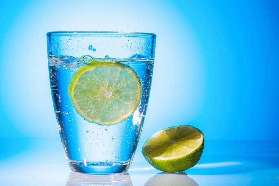 Стакан воды с утра - здоровая привычка Уход за кожей лица и тела