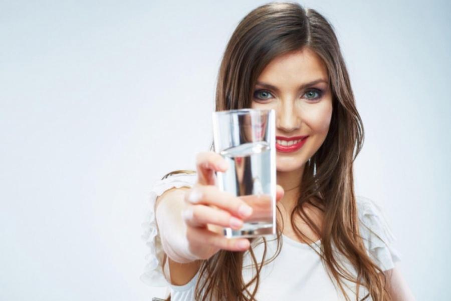 Целебный источник — вода: сколько и как ее пить? | Reactor ...